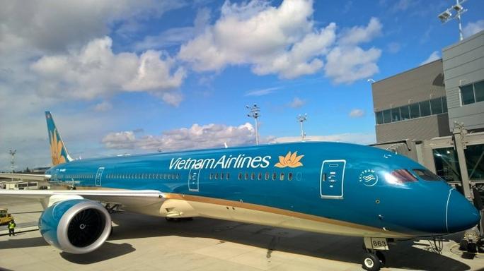 Đến nay, Vietnam Airlines đã đưa Boeing 787 vào khai thác trên đường bay trục Hà Nội - TP HCM và các đường bay quốc tế London (Anh), Frankfurt (Đức), Narita (Nhật Bản), Bắc Kinh (Trung Quốc), Sydney, Melbourne (Australia) với chất lượng dịch vụ tiêu chuẩn 4 sao