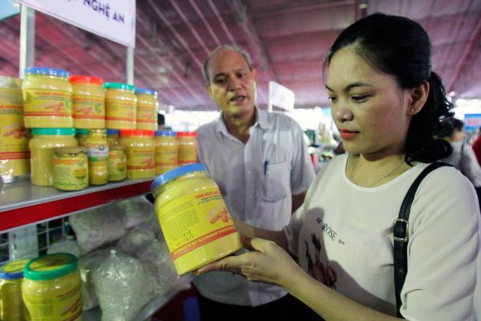 Chương trình kết nối cung - cầu hàng hóa của TP HCM đã giúp doanh nghiệp gắn kết với thị trường hơn Ảnh: HOÀNG TRIỀU