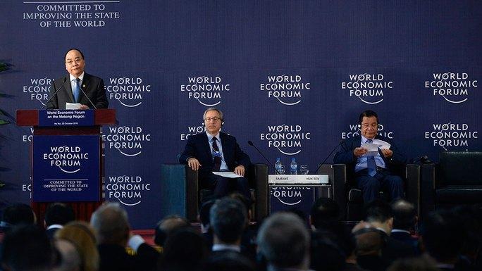 Thủ tướng Nguyễn Xuân Phúc phát biểu tại WEF-Mekong diễn ra ở Hà Nội chiều 25-10