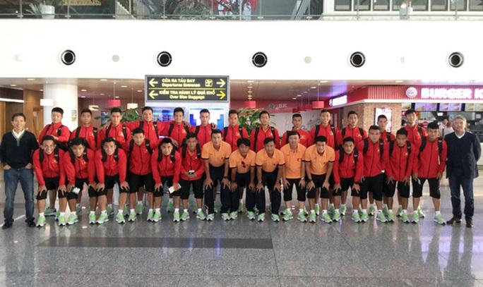 Thầy trò HLV Hoàng Anh Tuấn di chuyển sang Vũ Hán (Trung Quốc) để chuẩn bị cho giải U22 quốc tế