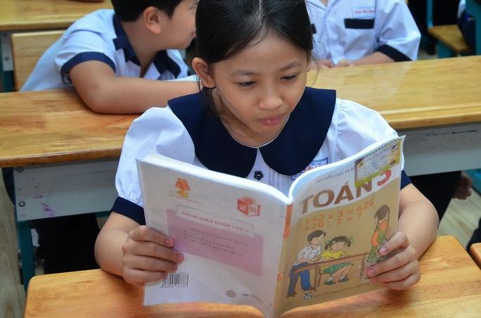 Hiện Bộ Giáo dục và Đào tạo đang xây dựng tiêu chí đánh giá sách giáo khoa Ảnh: Tấn Thạnh