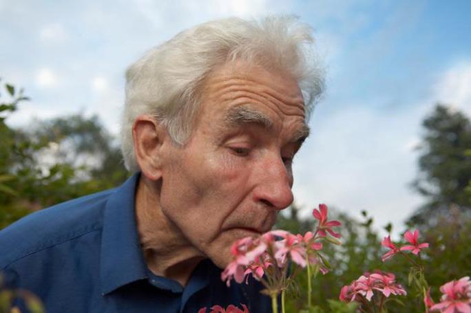 Trắc nghiệm ngửi mùi có thể giúp chẩn đoán bệnh về nhận thức chính xác hơn Ảnh: MNT