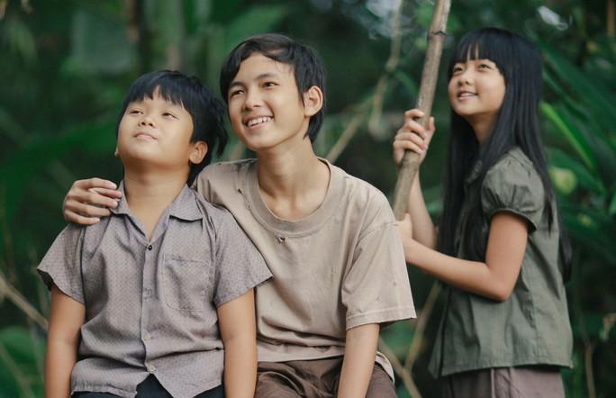 """Cảnh trong phim """"Tôi thấy hoa vàng trên cỏ xanh"""", một phim chuyển thể thành công từ tác phẩm văn học cùng tên của nhà văn Nguyễn Nhật Ánh. (Ảnh do đoàn phim cung cấp)"""