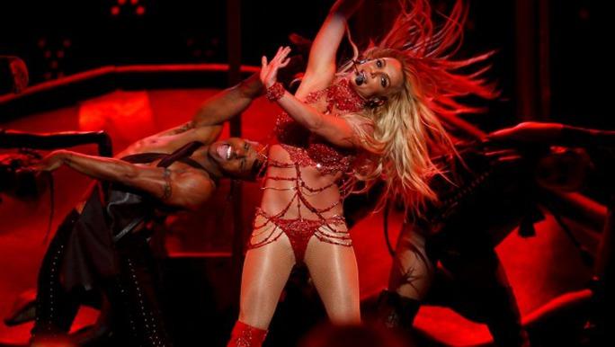Britney bất ngờ bị đồn chết
