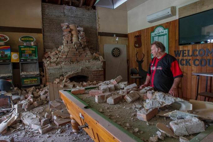 Bên trong một ngôi nhà bị ảnh hưởng bởi trận động đất. Ảnh: FAIRFAX NZ