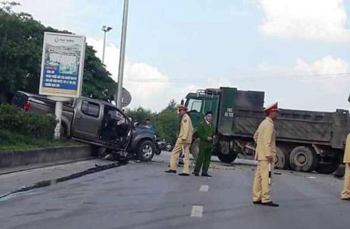 Hiện trường vụ tai nạn khiến 8 người thương vong ở Thanh Hóa