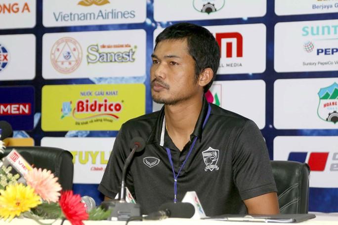 HLV U21 Thái Lan Ithsara Sritharon cho rằng U21 Việt Nam mạnh hơn U21 HAGL
