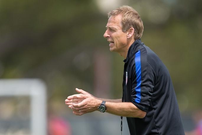 HLV Klinsmann bị LĐBĐ Mỹ sa thải
