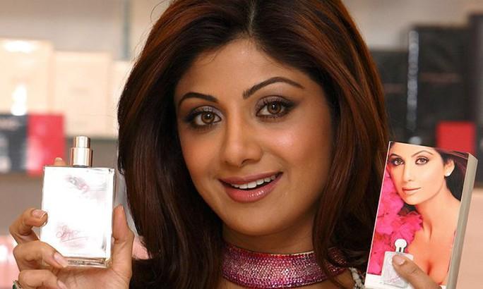 Shilpa Shetty bị chỉ trích dữ dội