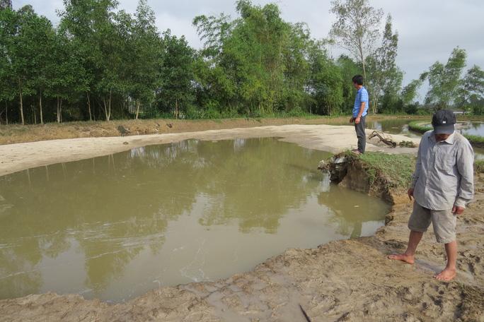 Hố nước nơi hai em bị nạn