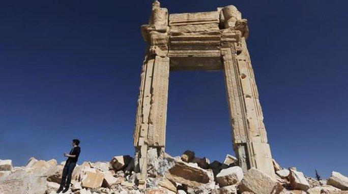 IS bất ngờ tấn công Palmyra. Ảnh: Reuters