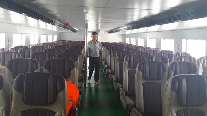 Ghế ngồi trên tàu cao tốc ngả về sau 25 độ, tạo cảm giác thoái mái