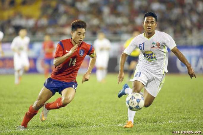 Lê Đức Lương gây ấn tượng mạnh nhưng CLB Ansan của Hàn Quốc muốn tìm thêm nhiều cầu thủ nữa của HAGL