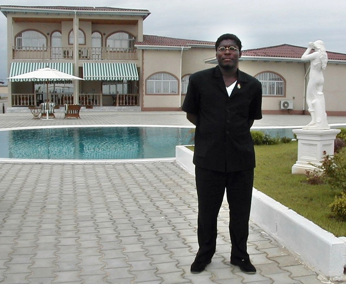 Ông Teodorin sở hữu nhiều tài sản tại Mỹ. Ảnh: DAILY ENTERTAINMENT NEWS