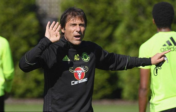 Conte đặt mục tiêu ở lại Chelsea 20 năm