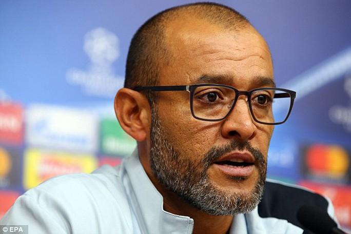 """Leicester có """"bảo bối"""" trị Porto"""