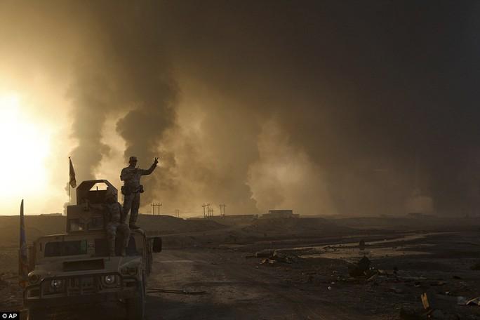 Thủ lĩnh tối cao IS mắc kẹt ở Mosul?