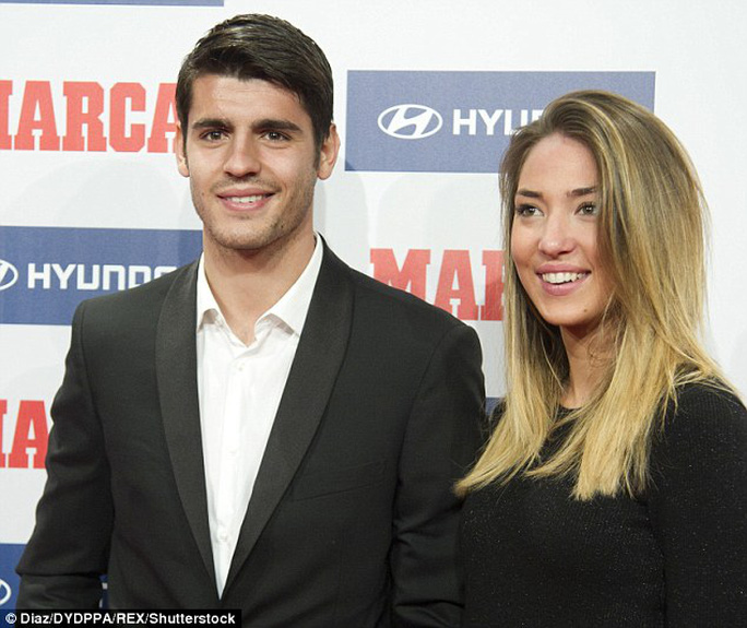 Morata và bạn gái