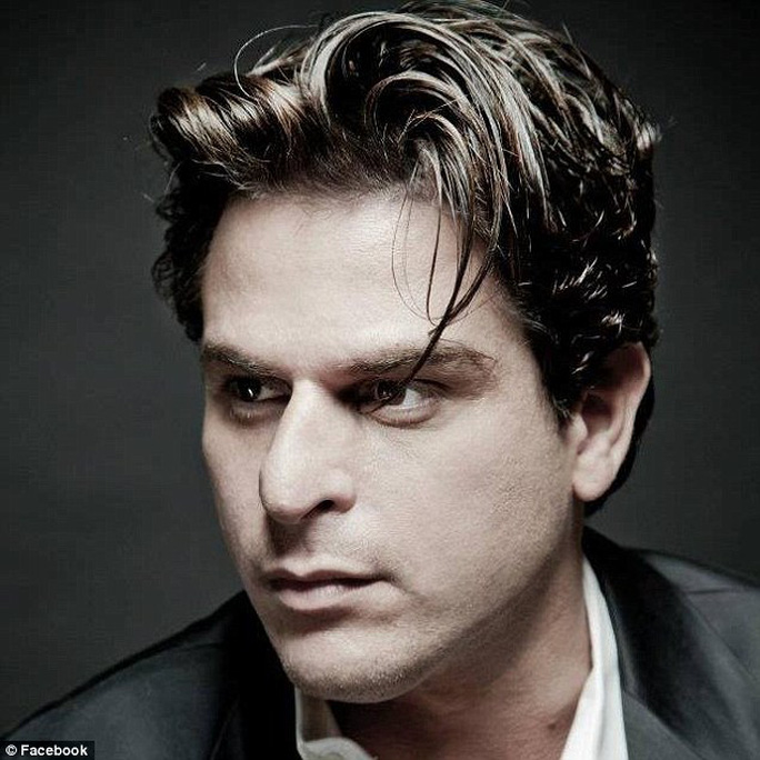 Nhà tạo mẫu tóc danh tiếng tự tử ở tuổi 45