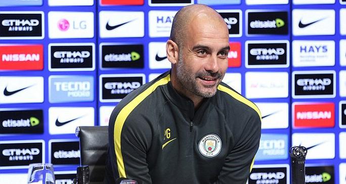 Pep Guardiola nói về Toure trong buổi họp báo trước đại chiến Leicester