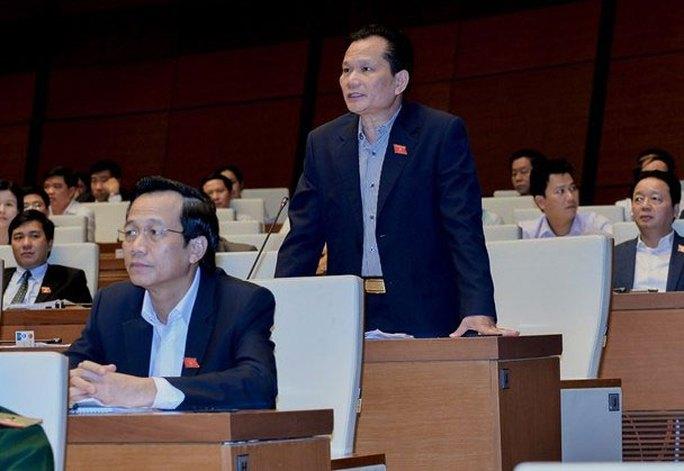 Đại biểu Bùi Sỹ Lợi đề nghị cải cách chính sách tiền lương theo nguyên tắc phân phối theo lao động Ảnh: VĂN BÌNH
