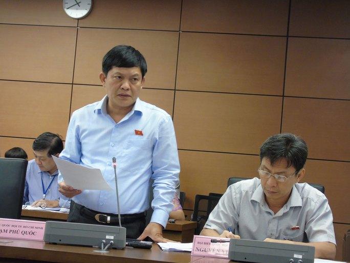 Ông Phạm Phú Quốc phát biểu trong phiên thảo luận tổ ở một kỳ họp Quốc hội Ảnh: VĂN DUẨN