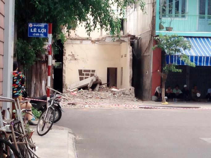 Ngôi nhà bị sập khiến anh Đức tử vong