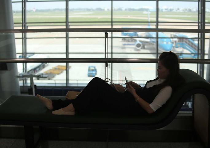 Đa phần các hành khách đều hài lòng và đánh giá cao tiện ích mới mà sân bay mang lại.
