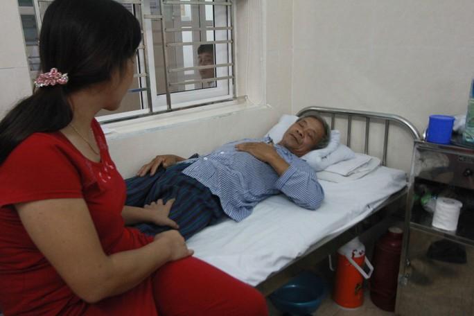 Ông Đỗ Văn Bảo đang được điều trị tại Bệnh viện Hữu nghị Việt Tiệp
