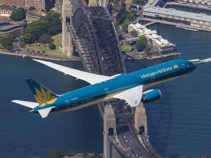 Máy bay Boeing 787 trên bầu trời Úc