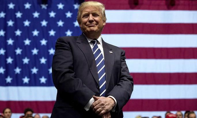 Vị tỉphú New York mới đắc cử tổng thống Mỹ lẽ ra sẽ họp báo vào ngày 15-12 tới. Ảnh: AP