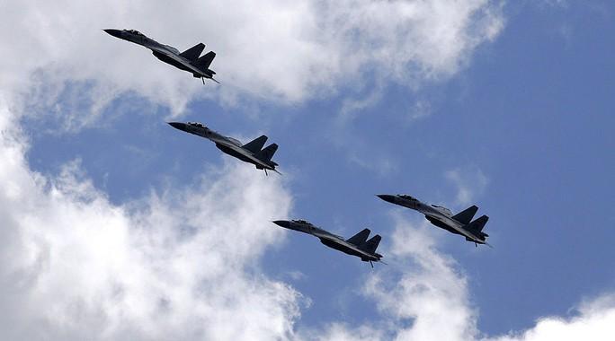 Chiến đấu cơ J-11B của Không quân Trung Quốc. Ảnh: REUTERS
