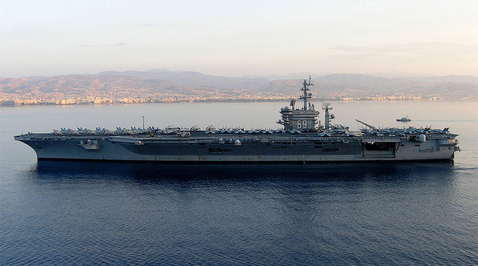 Tàu sân bay USS Eisenhower. Ảnh: Wikipedia
