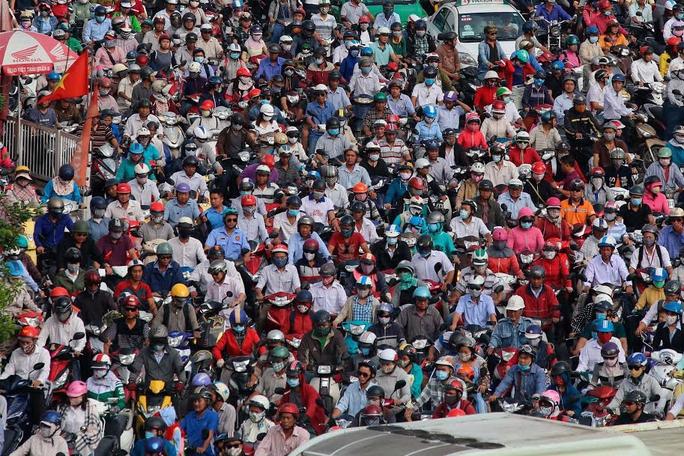 Nạn kẹt xe ngày càng trở nên nghiêm trọng. Trong ảnh: Kẹt xe trên đường Nguyễn Oanh, quận Gò Vấp, TP HCM Ảnh: Hoàng Triều