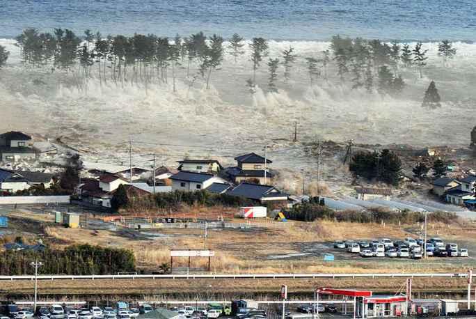 Thảm họa sóng thần 2004 cướp đi sinh mạng của 226.000 người. Ảnh: News & Politics
