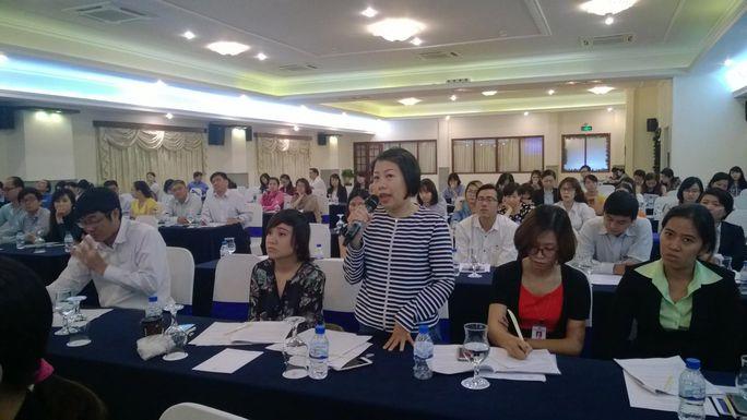 Đại diện doanh nghiệp phát biểu tại buổi đối thoại giữa doanh nghiệp và chính quyền TP HCM