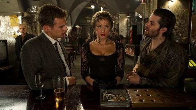 Nữ diễn viên Amber Heard trong phim London Fields