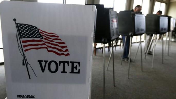 Dữ liệu của cử tri tại 2 bang Illinois và Arizona bị xâm nhập. Ảnh: AP