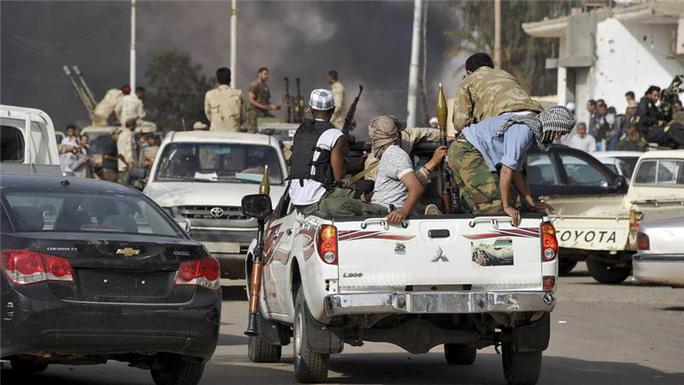Cuộc đụng độ giữa các bộ lạc đã nổ ra ở miền Nam Libya. Ảnh: Reuters