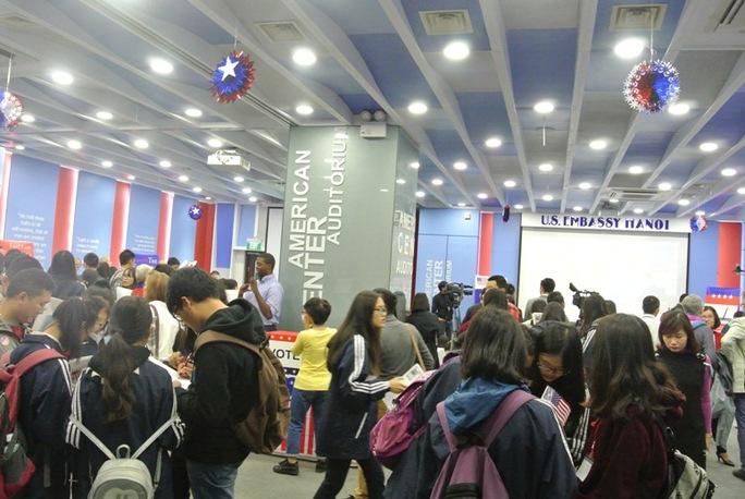 Sự kiện thu hút khoảng 500 bạn trẻ là học sinh, sinh viên tham gia