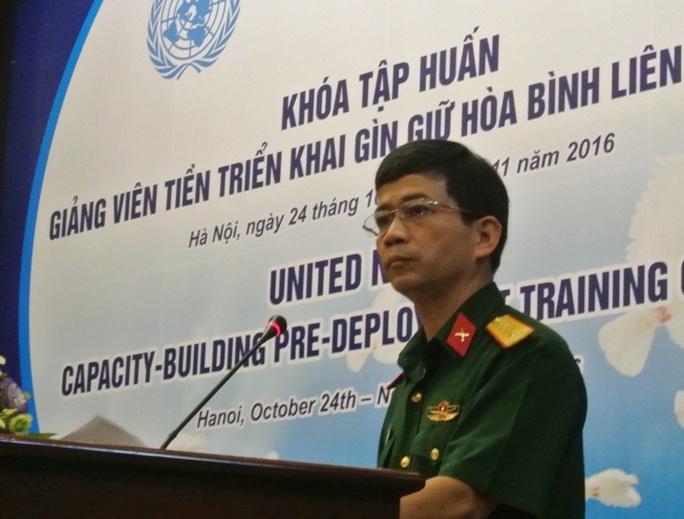 Đại tá Hoàng Kim Phụng, Giám đốc Trung tâm gìn giữ hoà bình Việt Nam, cho biết kể từ khi Việt Nam chính thức tham gia hoạt động gìn giữ hoà bình của LHQ năm 2014, đến nay đã có 12 lượt sĩ quan Việt Nam được cử đi làm nhiệm vụ tại các phái bộ LHQ ở Nam Sudan và Cộng hoà Trung Phi