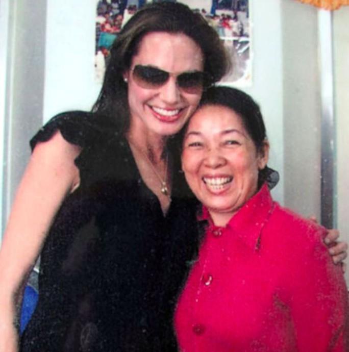 Angelina và cô Kim Xuyến