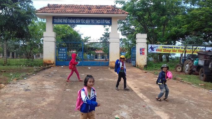 Trường Phổ thông dân tộc bán trú THCS Lơ Pang, nơi xảy ra vụ việc