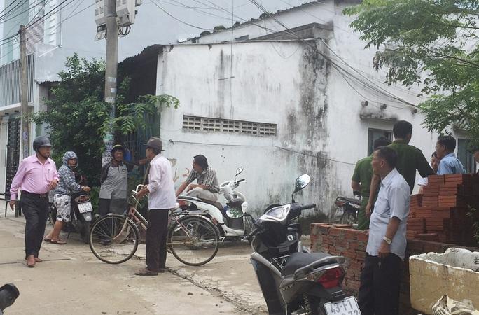 Cơ quan chức năng đang tìm hiểu nguyên nhân vụ việc tại nhà của nạn nhân