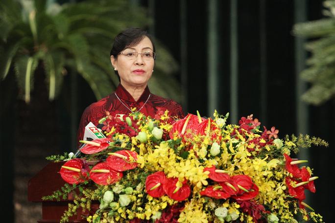 Bà Nguyễn Thị Quyết Tâm, Chủ tịch HĐND TP HCM phát biểu bế mạc kỳ họp thứ 3 HĐND TP HCM khóa IX. Ảnh Hoàng Triều