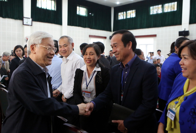 Tổng Bí thư Nguyễn Phú Trọng tiếp xúc cử tri quận Long Biên vào ngày 6-12
