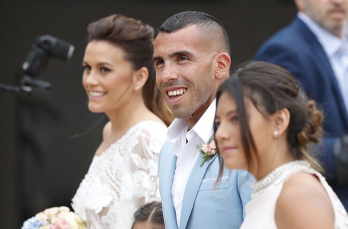 Lễ cưới của Tevez diễn ra ở Uruguay hôm 23-12