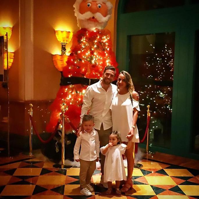 Alejandro Gomez và gia đình