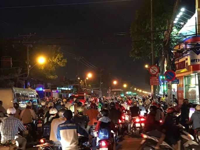 Ùn ứ nghiêm trọng trên đường Quang Trung