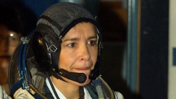 Bà Claudie Haigneré, nữ phi hành gia người Pháp. Ảnh: AP